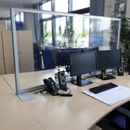 """Черна дъска """"Desk"""" с кристално чист банер"""