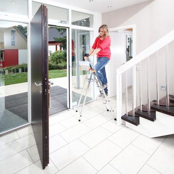Стъпална подвижна сгъваема стълба