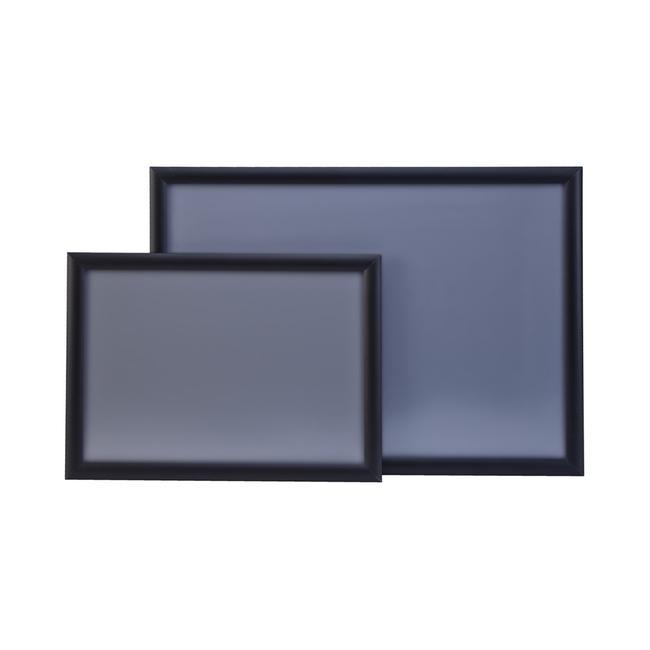 Черна снап рамка с 25 мм алуминиев профил и прави ъгли