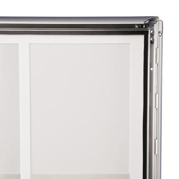 """Устойчива на дъждовна вода сгъваема рамка """"Broker"""", за 4x DIN A4 / 6c DIN A4 плакати"""